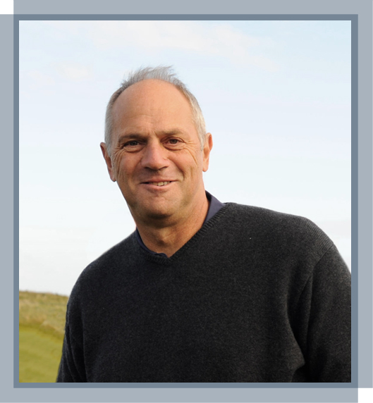 Sir Steve Redgrave joins Specsavers